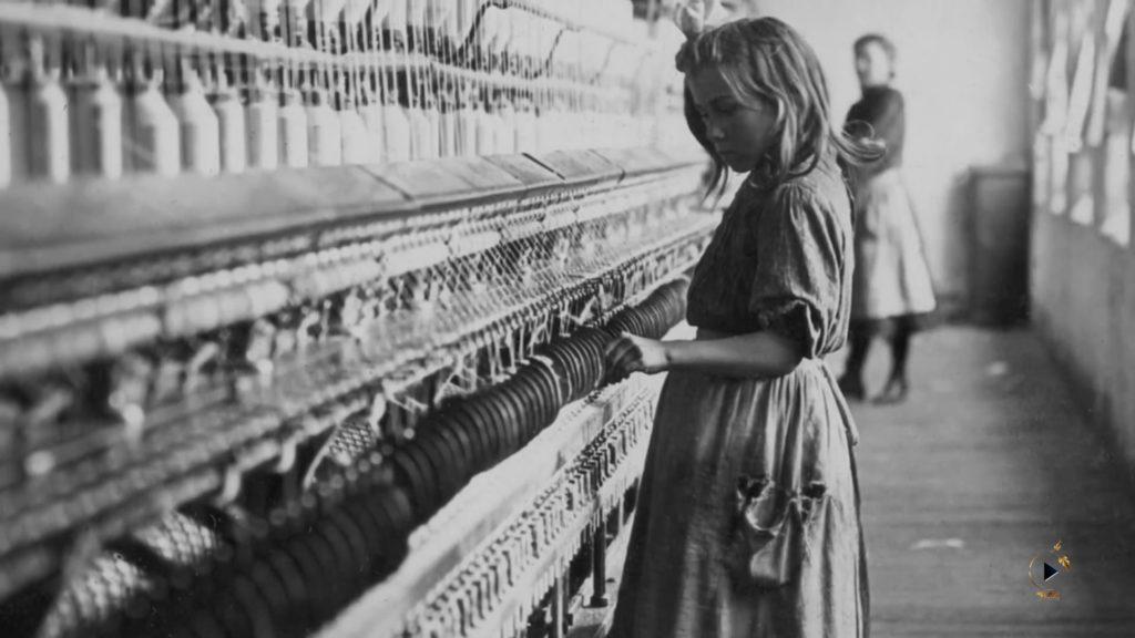 ۱. دختر کارخانه نخریسی - لوئیس هاین