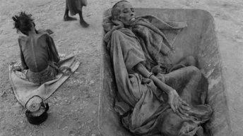 ۸. قحطی در سومالی – جیمز نَچوی
