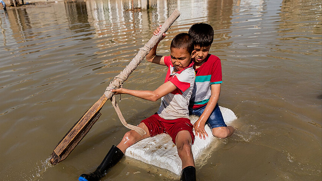 محافظت از کودکان در بحرانهای طبیعی